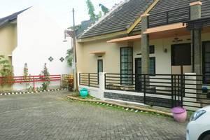 Araya Vacation Home Soekarno Hatta Malang - Eksterior