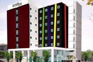 Amaris Hotel Bekasi - Tampilan Luar