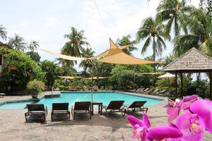 Puri Bunga Beach Cottage Lombok - OUTDOOR POOL