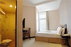 Hotel Vio Cimanuk - Deluxe Tempat Tidur King