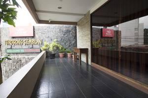 RedDoorz @Terogong Jakarta - Interior
