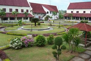 Pod House Losari Makassar - Objek Wisata Sekitar
