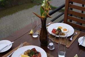 Nang Ade Ubud Villa Bali - Menu