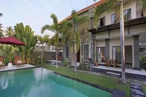 Nang Ade Ubud Villa Bali - Kolam Renang