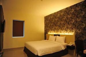 Hotel Jolin Makassar - Room