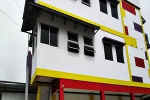 Emweka Guest House Balikpapan - Tampilan Luar Hotel