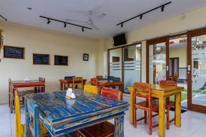 RedDoorz @Subak Sari Seminyak Bali - Kedai kopi