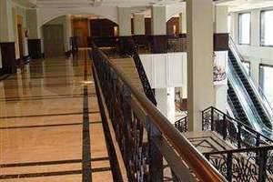Royal Kuningan Hotel Jakarta - Pintu masuk