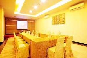 Avira Hotel Makassar Panakkukang - Meeting Room