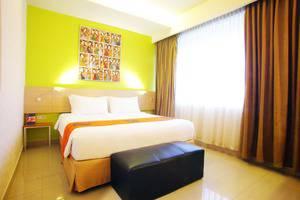 Avira Hotel Makassar Panakkukang - Suite Room
