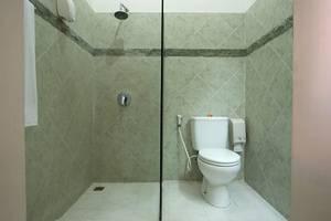 Baleka Resort Hotel & Spa Bali - Kamar mandi