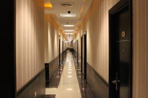 M One Hotel Batam - Koridor