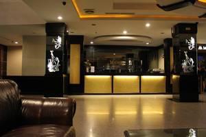 M One Hotel Batam - Lobi