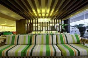 Sun Royal Hotel Kuta - Lobi