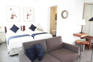 Breeze Art and Boutique Hotel Bandung - Deluxe Twin