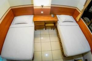 Sakura Guest House Bandung - Standard Twin Bed