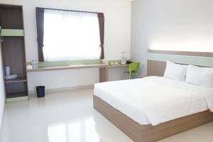 Rumah Cassa Guest House Surabaya - Rooms1