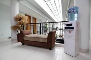 Cilandak Mansion Jakarta - Balcony
