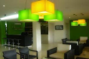 Hotel Dragon Inn Jakarta - 2
