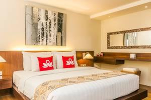 ZEN Premium Kerobokan Umalas 2 Bali - Tempat Tidur Double