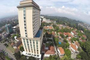 Salak Tower Hotel