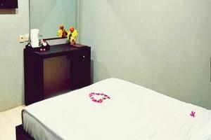 Hotel Mahkota Banyuwangi - Kamar Tamu