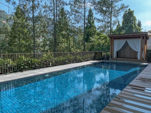 7 BR Hill View Villa with a private pool 1