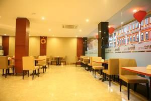 Hana Hotel Batam - Cafe
