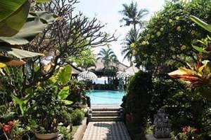 Adirama Beach Hotel Bali - Taman