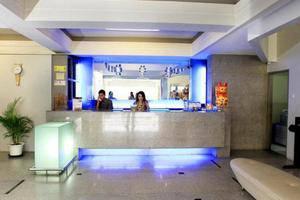 Bilique Hotel Bandung - Receptionist