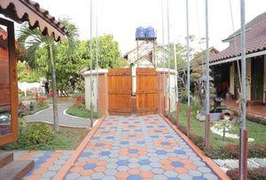 Dem Ayem Heritage Guest House