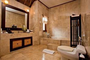 Barong Resort and Spa Bali - Kamar mandi