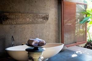 Planta Luxury Villa Canggu Bali - Kamar mandi