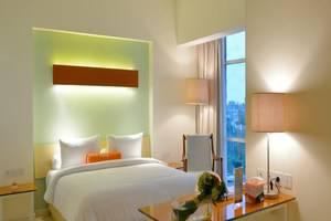 Hotel HARRIS  Bekasi - Kamar Tamu