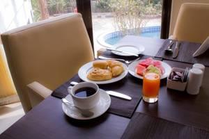 Padjadjaran Suites Resort Bogor - PEMANDANGAN