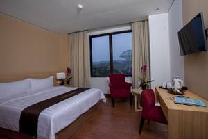 Padjadjaran Suites Resort Bogor - Superior Double
