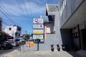 Quint Hotel Manado - Penampilan Main Street