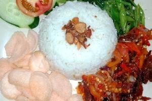 Quint Hotel Manado - Nasi Cakalang