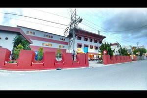 Quint Hotel Manado - Eksterior Building
