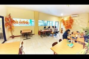 Quint Hotel Manado - Restaurant
