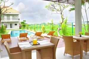 Tang Tu Beach Inn Villa Bali - Ruang makan