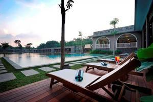 The Westlake Resort Yogyakarta - Danau 5