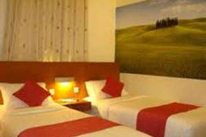 Lovender Guest House Malang - Standard Twin Beds