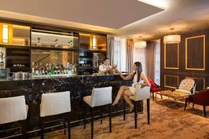 Swiss-Belhotel Yogyakarta - Gendhis Bar 2