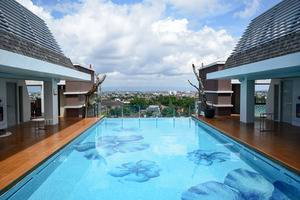 Swiss-Belboutique Yogyakarta - Swimming Pool