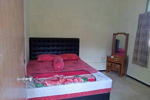 Villa Rini Malang - Room