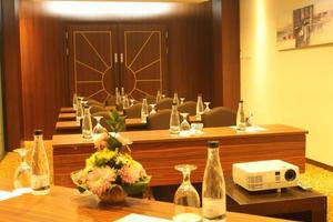D Best Hotel Bandung - Meeting Room