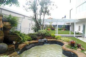 D Best Hotel Bandung - Fish Pool