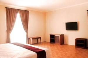 Pia Hotel Cirebon Cirebon - Kamar tamu