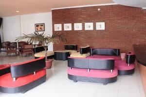 Pia Hotel Cirebon - Lobby